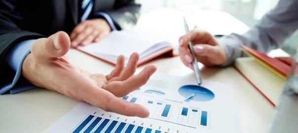 Mergers & Acquisitions, Compraventa de empresas